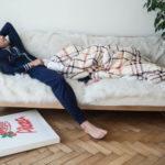 V čom by podľa žien mali muži spávať?