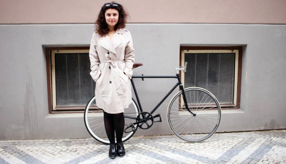 Sexy Mamas aSandra Kisić radia, ako sa obliecť na bicykel