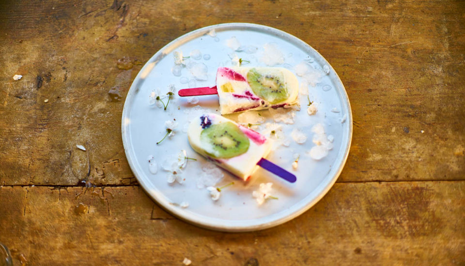 Šľahačkový nanuk sjogurtom aindiánskou čučoriedkou