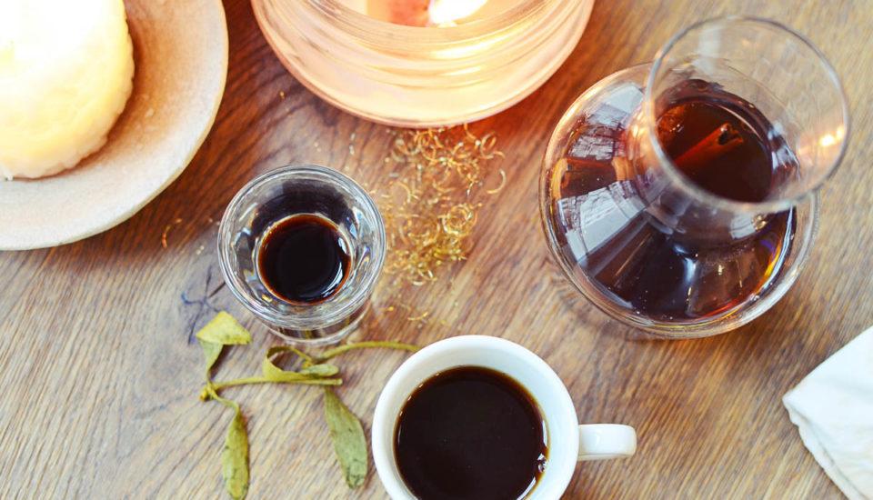 Zimné kávové drinky od barmanky