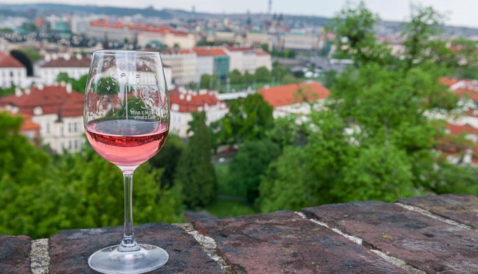 Začína obdobie ružových vín