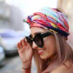 Oživte svoj outfit farebnou šatkou