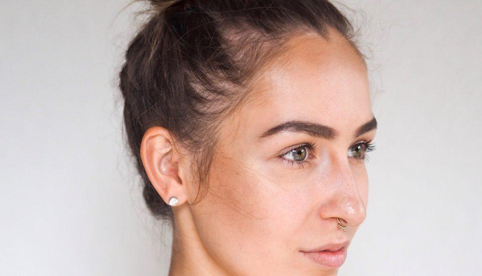 Efektné tipy na osvieženie každodenného účesu