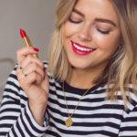 5 rád, ako nosiť výrazný rúž, anevyzerať pritom lacno
