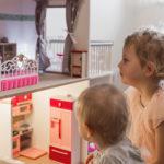 8 tipov, ako vybaviť domček pre bábiky