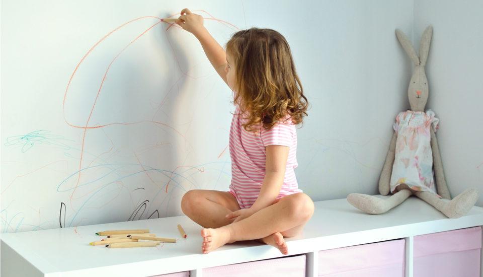 Ako vdeťoch prebudiť Picassa & ako odstrániť škvrny, keď sa netrafia na papier
