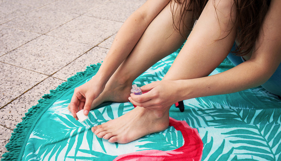 Krásne nohy dokonca aj vžabkách