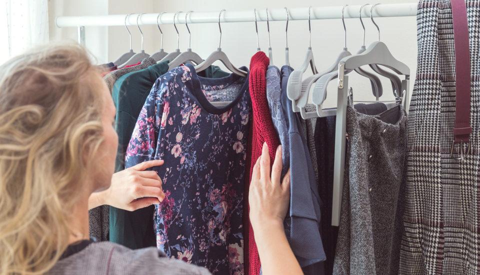 5 rád, ako utrácať za oblečenie menej astále mať všatníku niečo nové