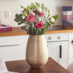 Dekorácia, vktorej navždy uchováte svadobnú kvetinku