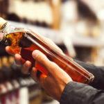 Ako vybrať tú správnu fľašu pod stromeček, aj keď alkoholu nerozumiete?