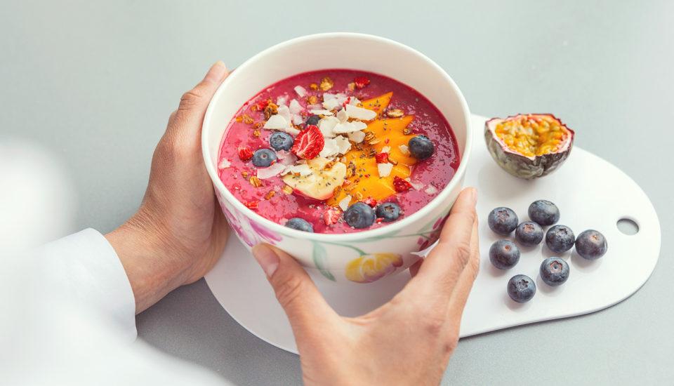 Miska plná farieb – smoothie bowls (nielen) pre začiatočníkov