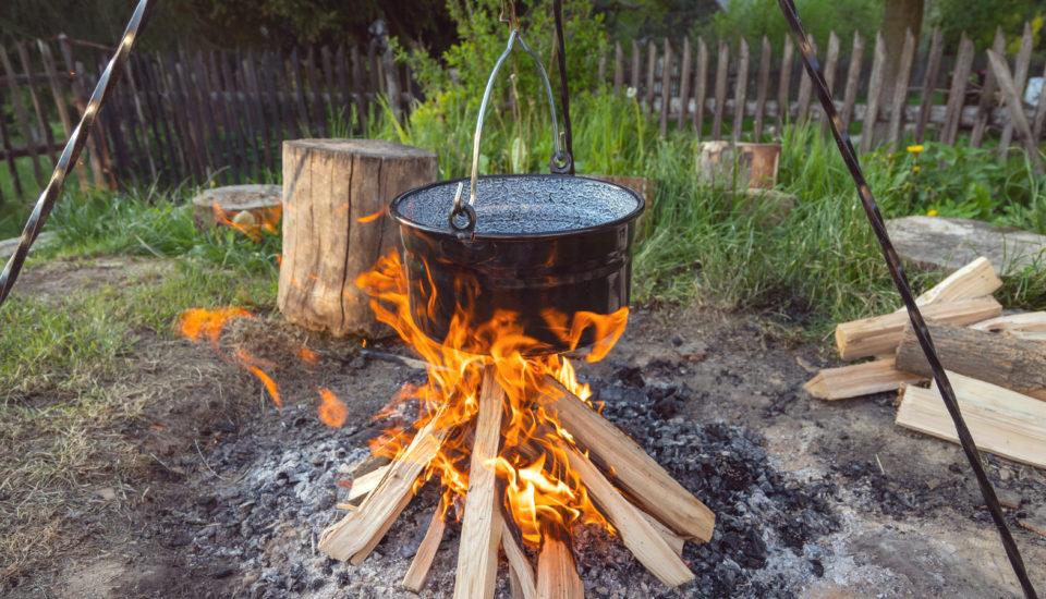 Aj na horáku vprírode si varíme kvalitné jedlá. Toto sú naše tipy!