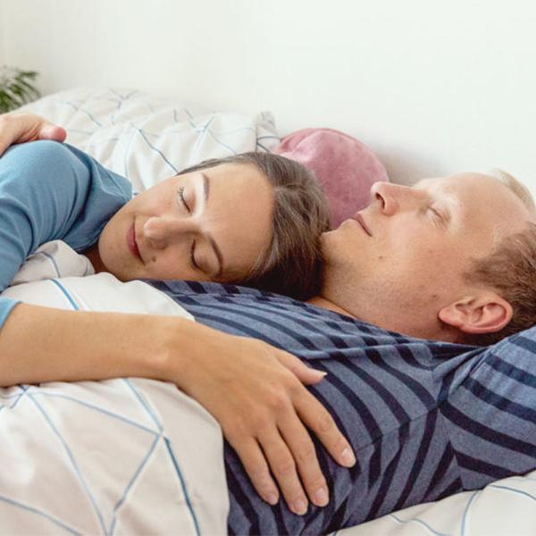 12 polôh pri zaspávaní
