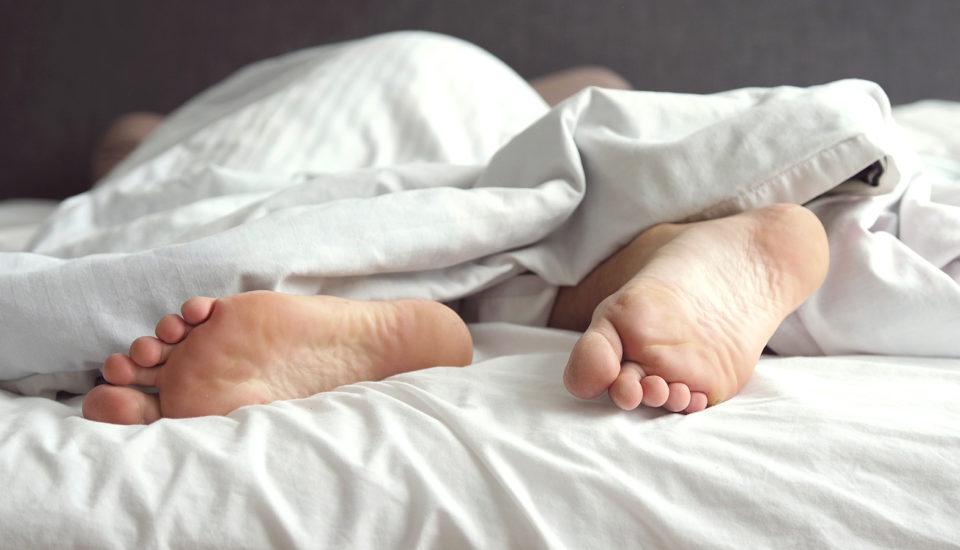 Denníky spokojného spánku alebo Nechaj tie nohy na pokoji!
