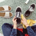 Skoncujte so zápachom vtopánkach! Tri kroky kvoňavej obuvi.