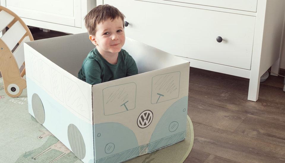 Vyrobte si sdeťmi hračky zkrabíc: Návod na autobus aparkovisko pre autíčka