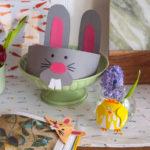 Veľkonočné DIY sdeťmi: Veselá čelenka, váza ako kura azáložka do knižky so zajačími uškami