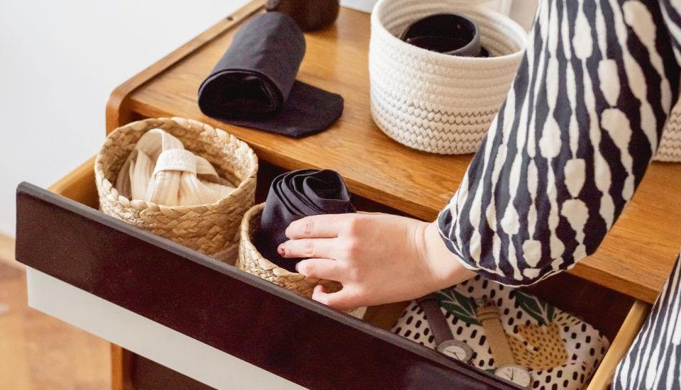 Roztrhnete silonky už pri obliekaní anikdy neprežijú práčku? Máme pre vás tipy, ako predĺžiť ich životnosť