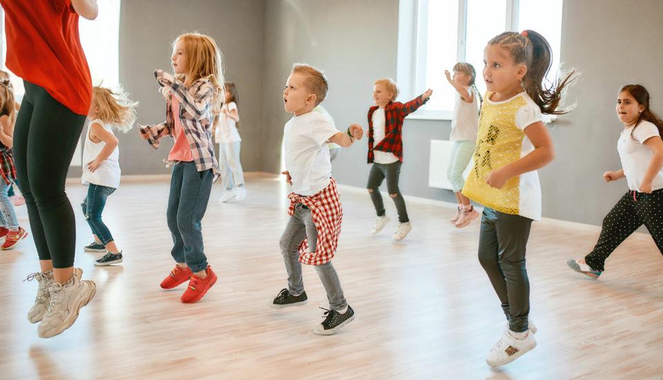 Tanečné krúžky nie sú len na zábavu. Tieto zručnosti si znich deti odnesú do života