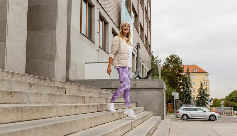 Trend athleisure: Môžem nosiť legíny aj inam ako na gauč alebo do telocvične?